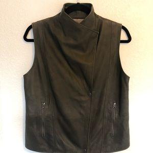 Vince Camuto Jackets & Coats - Vince Camuto 100% Leather Vest